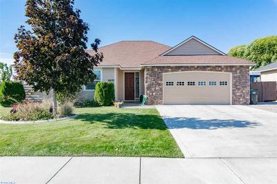 West Richland Single Family Home For Sale: 1403 S 44th Avenue
