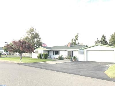 Pasco Single Family Home For Sale: 3321 W Yakima St