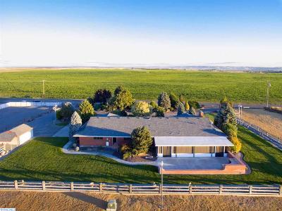 Pasco Single Family Home For Sale: 4871 Pasco Kahlotus Road