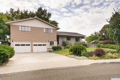 Kennewick Single Family Home For Sale: 2431 W Klamath Ave