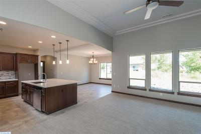 Kennewick Single Family Home For Sale: 3908 W 47th Ave.