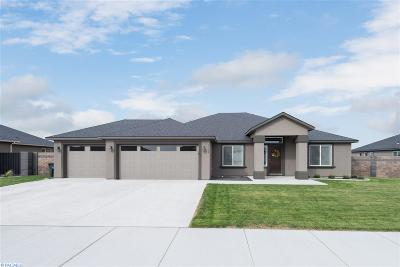 West Richland Single Family Home For Sale: 1122 Belmont Blvd