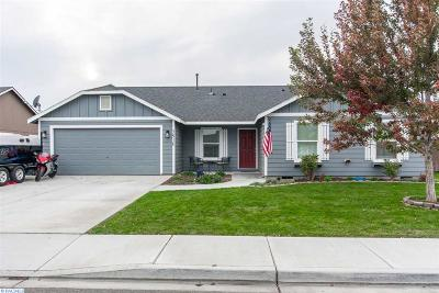 Pasco Single Family Home For Sale: 5910 Washougal Ln