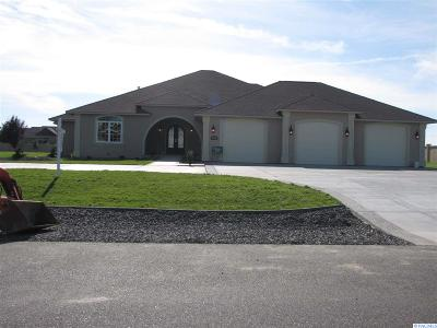 Pasco Single Family Home For Sale: 11720 Pheasant Run Road