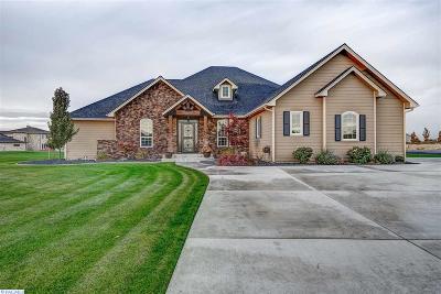 Pasco Single Family Home For Sale: 7520 Pheasant Lane