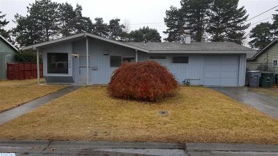 Richland Single Family Home For Sale: 359 Cottonwood