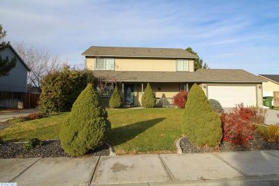 West Richland Single Family Home For Sale: 4782 Thrush Lane