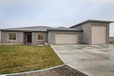 Kennewick Single Family Home For Sale: 13403 Clear View Lane