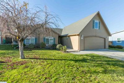 Kennewick Single Family Home For Sale: 1424 S Quillan Ct.