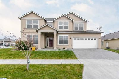 Kennewick Single Family Home For Sale: 2110 S Quillan St