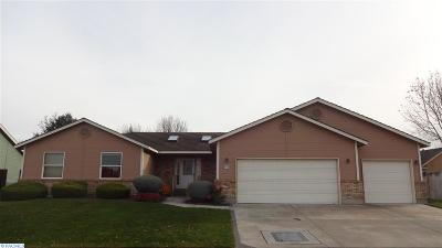 Kennewick Single Family Home For Sale: 908 N Quebec
