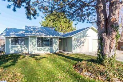 Kennewick Single Family Home For Sale: 8006 W Entiat Pl
