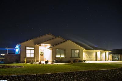 Kennewick Single Family Home For Sale: 72804 E Landon Loop