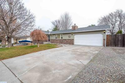 Kennewick Single Family Home For Sale: 3803 S Waverly St.