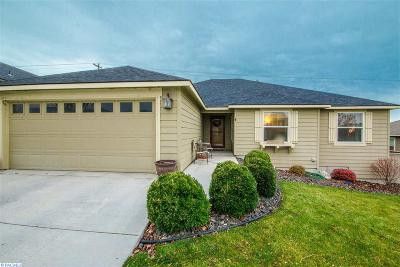 Kennewick Single Family Home For Sale: 2006 S Kellogg Pl