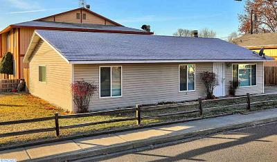 Kennewick Single Family Home For Sale: 620 E 7th Ave