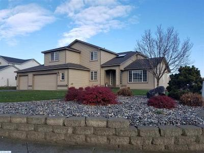 Kennewick Single Family Home For Sale: 8920 W Quinault Ave