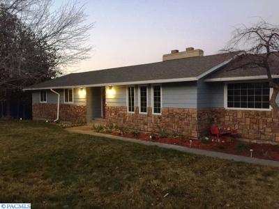 West Richland Single Family Home For Sale: 3926 Ironton Dr
