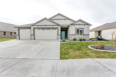 Horn Rapids Single Family Home For Sale: 3330 Village Parkway
