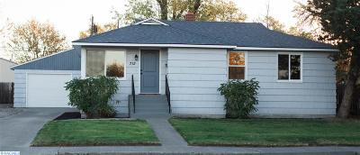 Kennewick Single Family Home For Sale: 713 S Garfield St