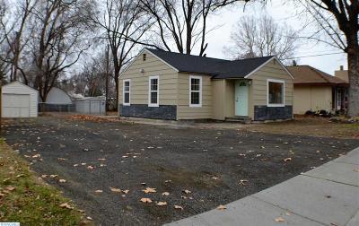 Kennewick Single Family Home For Sale: 211 S Rainier