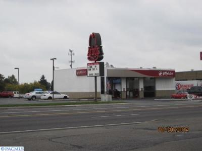 Kennewick Commercial For Sale: 3500 W Clearwater Ave