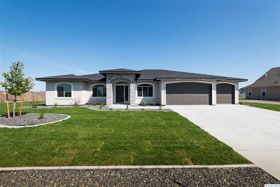 Pasco Single Family Home For Sale: 12315 Rock Creek Drive
