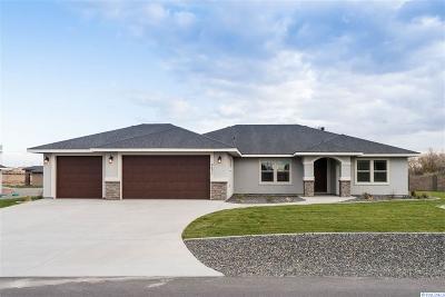 Pasco Single Family Home For Sale: 11904 Rock Creek Drive