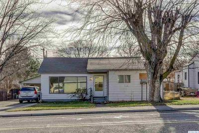 Kennewick Single Family Home For Sale: 2017 W 4th Ave