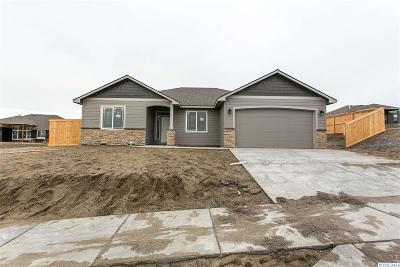 Horn Rapids Single Family Home For Sale: 3146 River Park Drive