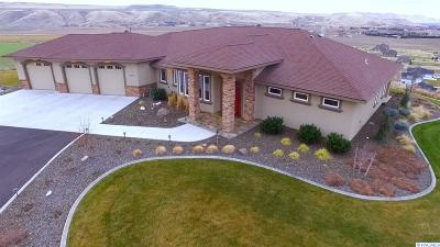Kennewick Single Family Home For Sale: 74603 E Sundown Pr SE