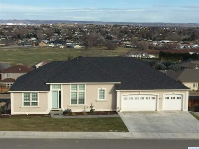 West Richland Single Family Home For Sale: 5130 Hershey Lane