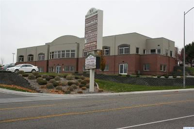 Kennewick Commercial For Sale: 1020 Center Parkway #D
