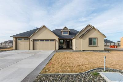 Pasco Single Family Home For Sale: 6414 Nocking Point Road
