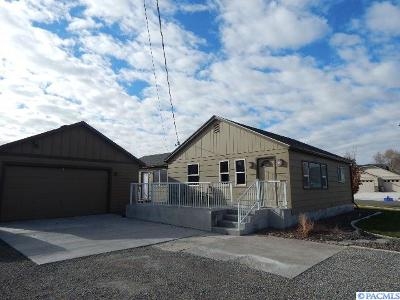 Kennewick WA Single Family Home Sold: $225,000