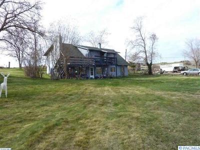 Prosser Single Family Home For Sale: 80408 0.i.e. Highway