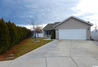 Franklin County Single Family Home For Sale: 7720 Deschutes Dr