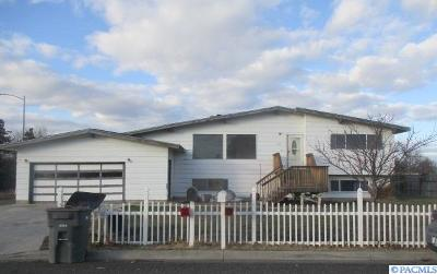 Kennewick Single Family Home For Sale: 2020 W 17th Ave