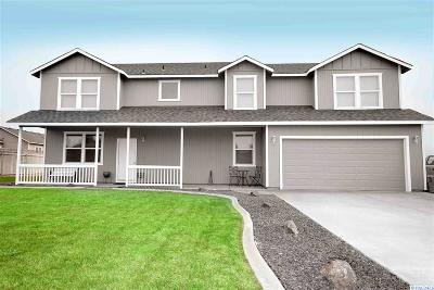 West Richland Single Family Home For Sale: 3200 S Highlands Blvd
