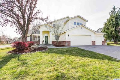 Richland WA Single Family Home For Sale: $299,900