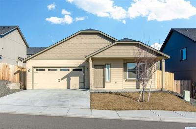 Kennewick Single Family Home For Sale: 9400 W 9th Place