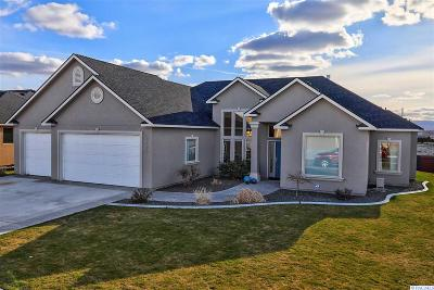 West Richland Single Family Home For Sale: 6675 Shale Street
