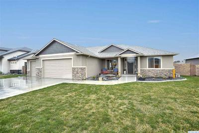 Pasco Single Family Home For Sale: 4911 Bighorn Dr.