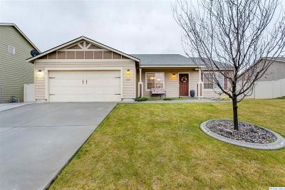 Kennewick Single Family Home For Sale: 1543 W 44th Ave