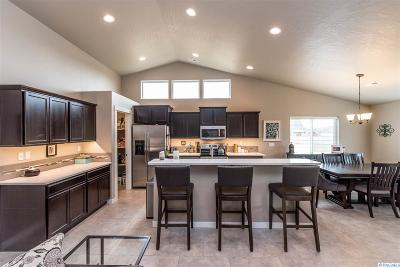 West Richland Single Family Home For Sale: 6285 Topaz Ct.