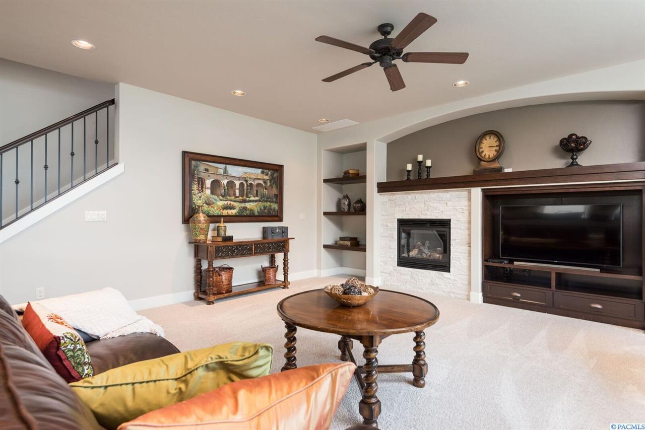 Listing: 1652 Penny Lane, Richland, WA.| MLS# 227711 | Tri City Real Estate  | Richland, Kennewick, Pasco & West Richland, WA Real Estate | Allie  McGinnis ...