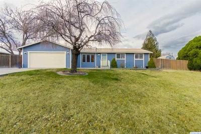 Kennewick Single Family Home For Sale: 1210 W 30th