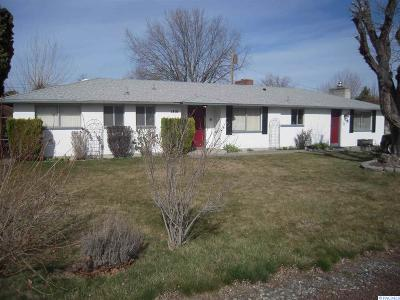 Kennewick Single Family Home For Sale: 1816 W 17th