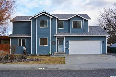 Kennewick Single Family Home For Sale: 321 S William Street
