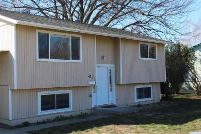 Kennewick Single Family Home For Sale: 303 W 19th